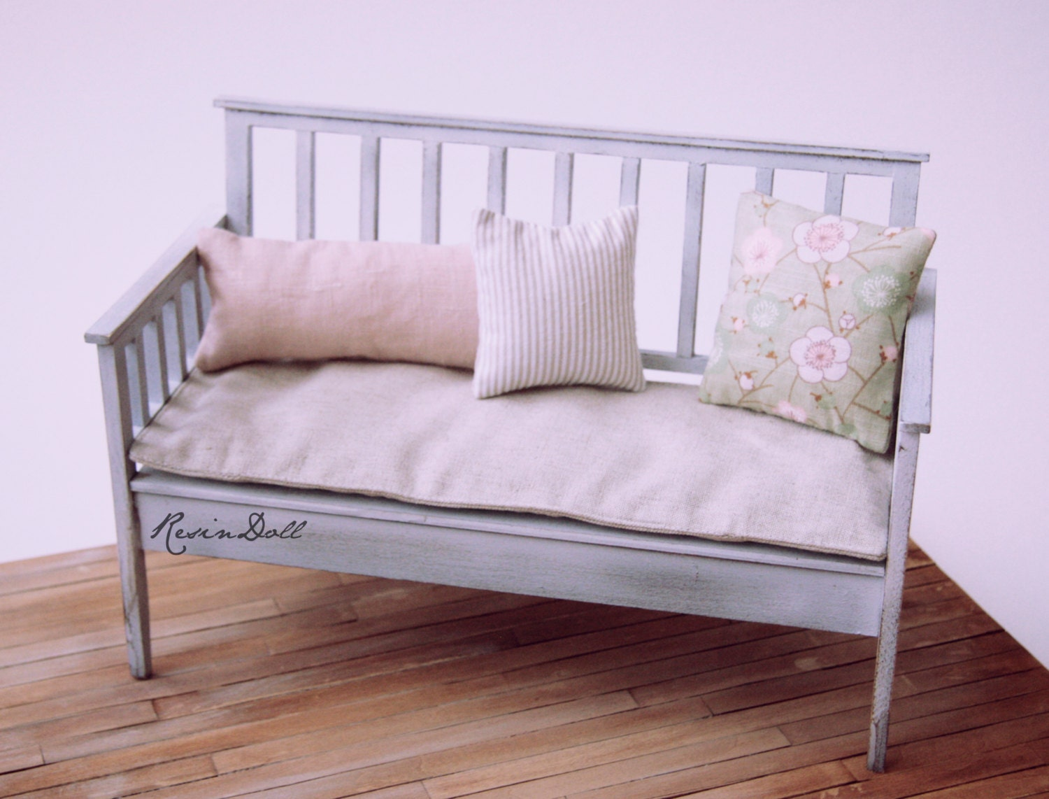 Shabby Chic Benches 28 Images French Shabby Chic Bench Cushioned Shabby Chic Painted Pine