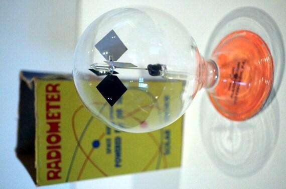 Vintage Radiometer Solar Engine Atomic Age By Aesthetikara