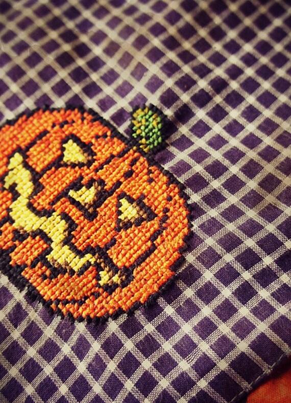 Pumpkin - Hand Embroidered Halloween Hankie