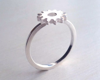 Gear Ring - Sterling Silver - Industrial Chic - Urban - Unisex - Minimalist - Modern - Cogs - Tiny Gear Ring