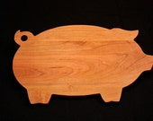 Mothers Day Gift Ideas, Personalized Cutting Board, Pig Shaped Cutting Board, Kitchen Gift, Housewarming, Foodie Gift, Wood Cutting Board