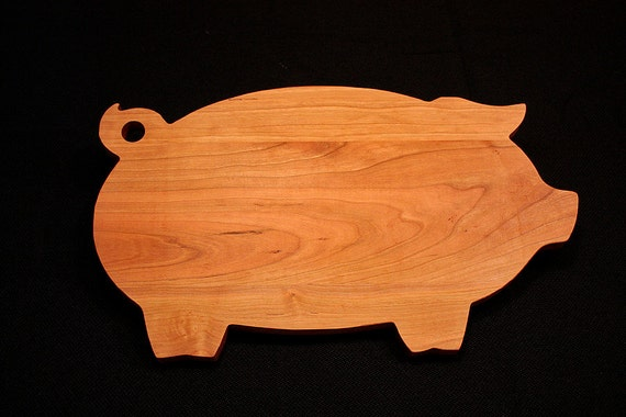 Gift Ideas, Personalized Cutting Board, Pig Shaped Cutting Board, Kitchen Gift, Housewarming, Foodie Gift, Wood Cutting Board