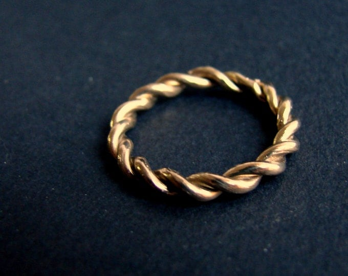 14k Solid Gold Twisted Ring Unisex Ring Wedding Band Men Promise Ring Stack Ring