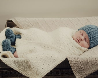 Tobias Beanie and Boots - Baby Cakes by lisaFdesign - Download Now - Pattern PDF