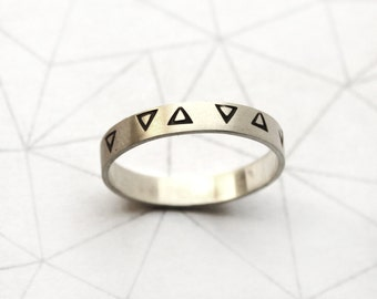 Triangle band narrow Ring - Sterling Silver - Stamped triangle