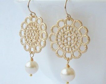 Pearl Lace Dangle Earrings