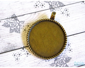 Big Round Brass pendant blank base setting, brass (antique bronze) plated, for 35x35 mm cabochon, rustic, oxidized, roped edges frame