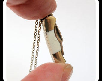 Miniature Pocket Knife Necklace Vintage Design Folding Clasp Knife Pendant 2006