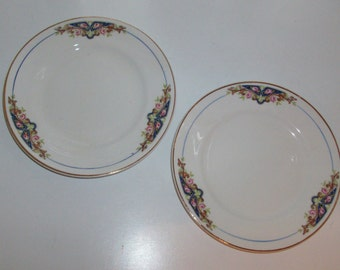 Pair of Art Nouveau Plates by Knowles, Taylor, and Knowles