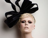 Couture Bow fascinator,  fashion headpiece,  fascinator, Cocktail hat, melbourne cup hats