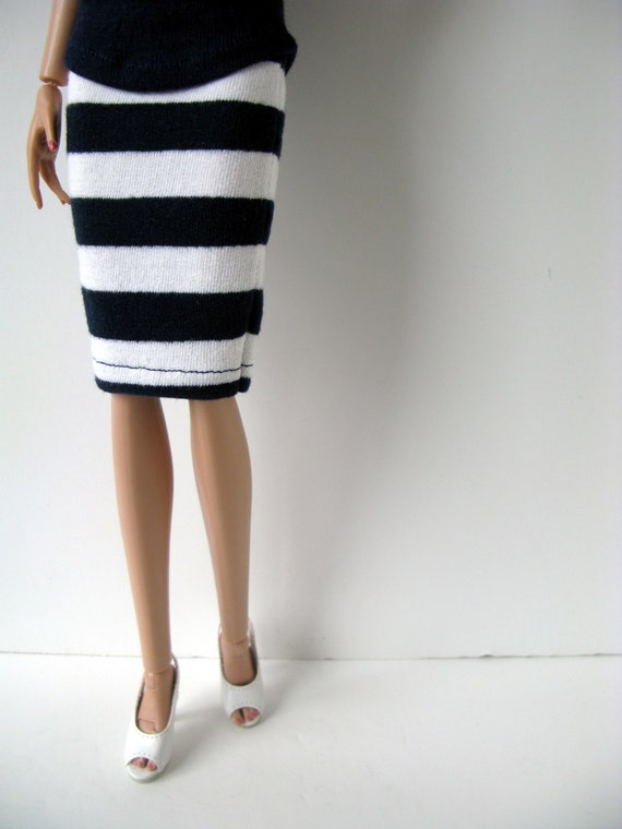 navy blue and white striped pencil skirt for 16 inch fashion
