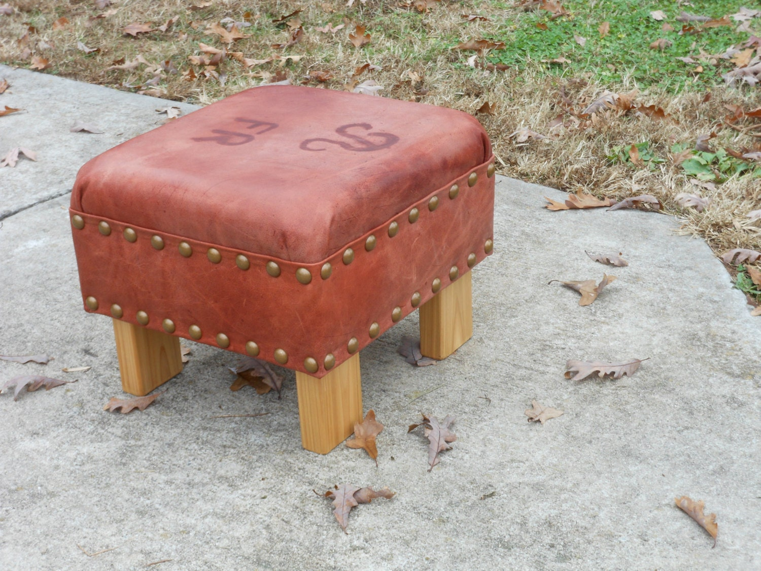rustic leather ottoman bauer rustic lodge brown hide leather
