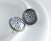 75% OFF SALE! Geometric Earrings. Mod jewelry. Geometric Jewelry. Studs. Black and White Earrings. Squares. Circles. Rockabilly.