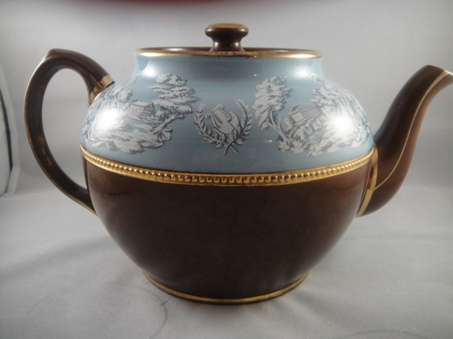 Sadler Staffordshire Teapot Brown Blue Roman Greek Motif