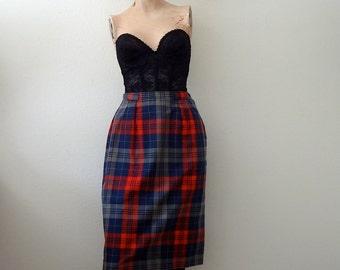 1950s Pencil Skit / 50s plaid straight skirt / preppy vintage