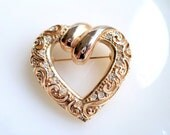 Vintage Gold Tone Heart Brooch Filigree and Rhinestones