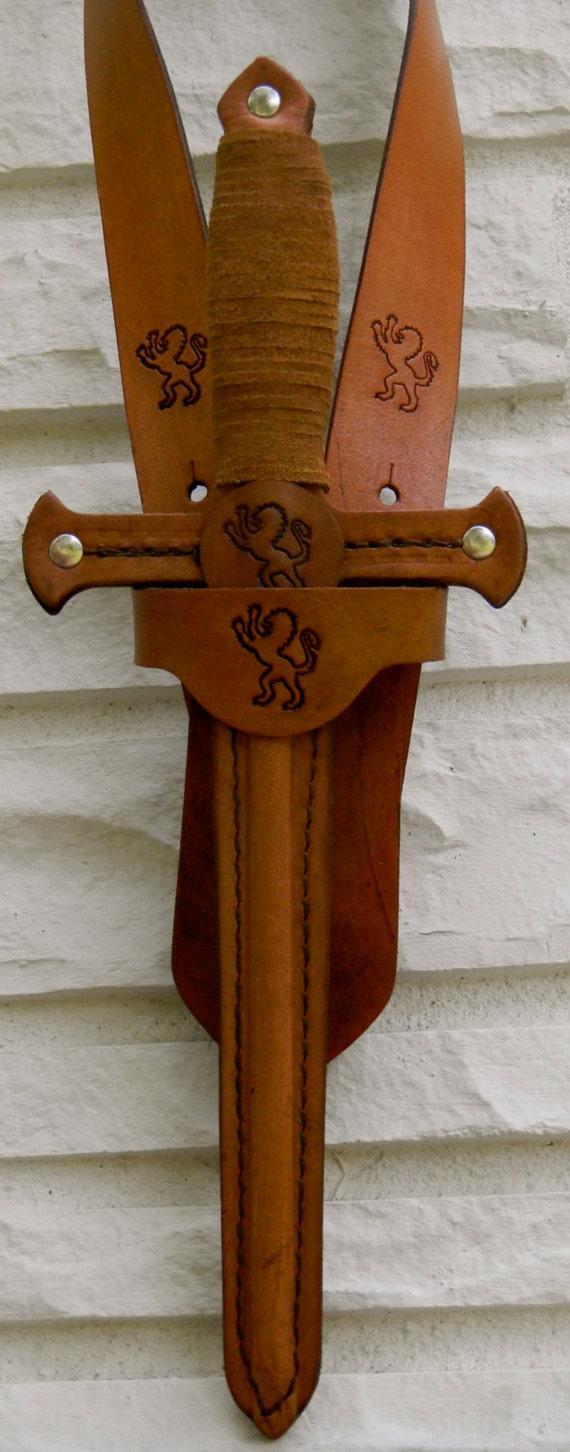 DAGGER & sword BELT set w/ Lion Emblem - Handmade Leather