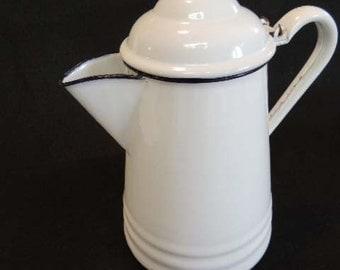 Vintage Large Enamelware White Enamel FARMHOUSE Style COFFEE POT.. Black Trim
