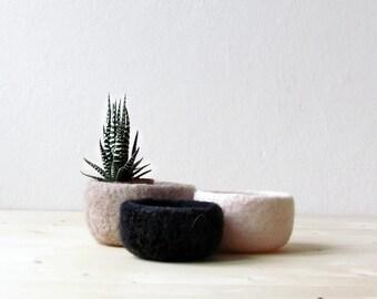 Wool bowls / eco friendly decor / Nesting bowls / desk organizer / housewarming gift / gift for her / scandinavian modern  decor