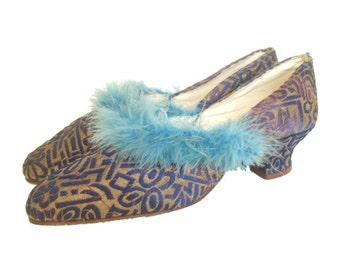 Vintage 1920s slippers / blue & gold brocade with turquoise marebou feather trim