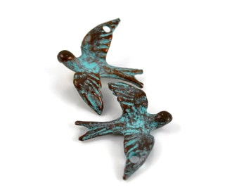 2 Mykonos Dove Flying Bird Pendant - Green Patina - 35x28mm