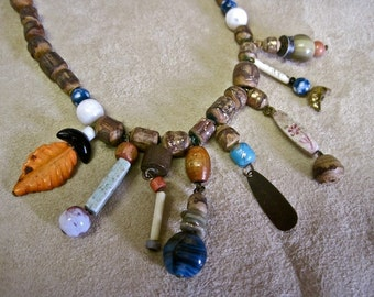 Boho Beaded Necklace Choker Wood Beads and Charms Hippie Tribal Ethnic Vintage 70s Primitive Stones Charms Glass