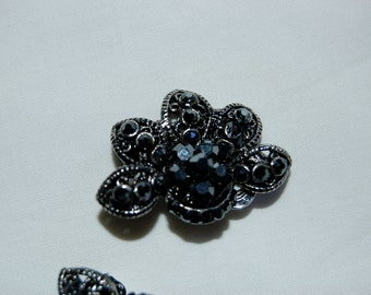 VINTAGE Silver and Black Stone Encrusted Half Flower Clip On Earrings