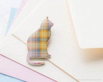 Pastel plaid cat brooch, pale yellow brooch, cat jewelry, cat pin brooch, beige jewelry