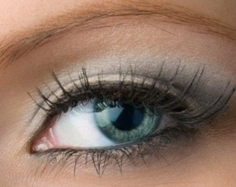 """Silver Eyeshadow - """"Quartz"""" - Light Frosty Gray with Lavender Shimmer Vegan Mineral Eyeshadow Net Wt 2g Mineral Makeup Eye Color"""