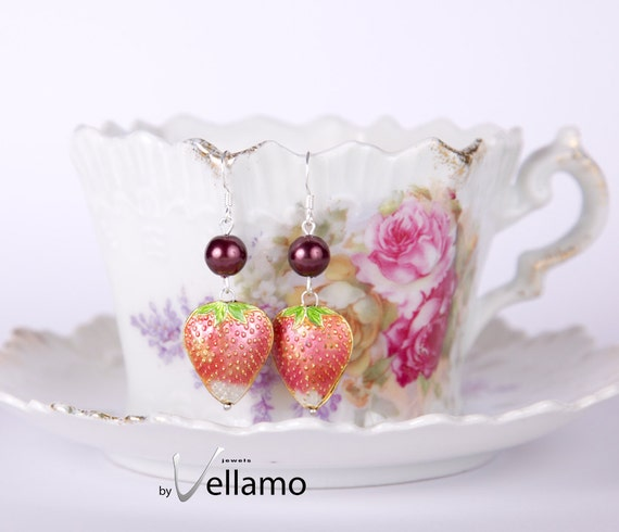 Earrings with Swarovski pearls, dark purple crystal pearl and small strawberry cloisonne, strawberry pink ear rings