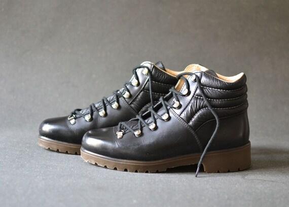 Vintage Vasque Hiking Boots Black Leather Rivets Us 7 5 Uk 5