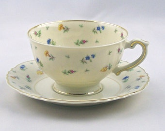 Vintage Footed TeaCup & Saucer Suzanne Syracuse USA