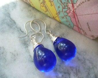 Bold and Blue Puffy Teardrop Beaded Earrings,Wire Wrapped Dangle Earrings, Blue Earrings, Wire Earrings, Wire Jewelry, Silver Jewelry