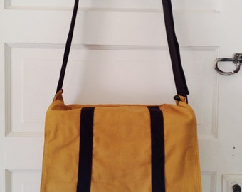Standard Issue Messenger Bag- Honey