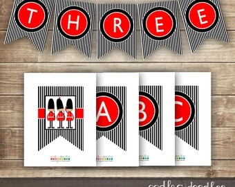London Themed Bunting / Red, Black & White Stripes / Personalized A- Z  Banner  / Queen's Guards / INSTANT DOWNLOAD  - Printable