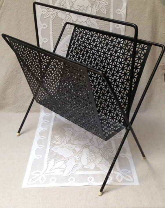 retro black metal magazine holder metal basket mid century. Black Bedroom Furniture Sets. Home Design Ideas