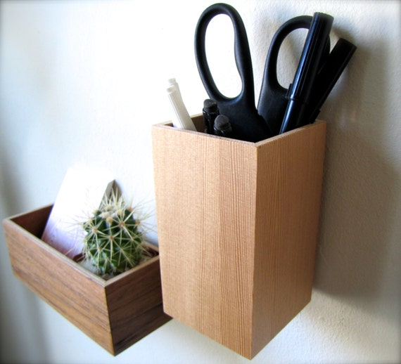 clearance wall hanging organizer pencil holder wall mounted. Black Bedroom Furniture Sets. Home Design Ideas
