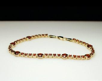 SALE - Vintage 9.90CTW Natural Spessartite Garnet Tennis Bracelet - 14k Yellow Gold - 7.5 inch