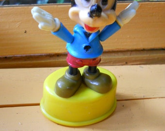 Mickey Mouse Push Button Puppet Toy, 1977 Vintage Walt Disney Productions