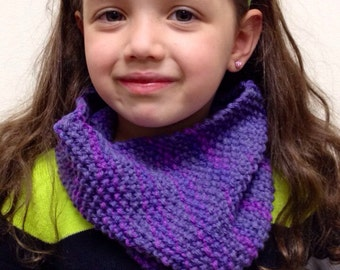 Kids' Ribbed Hand-Knit Cowl Scarf
