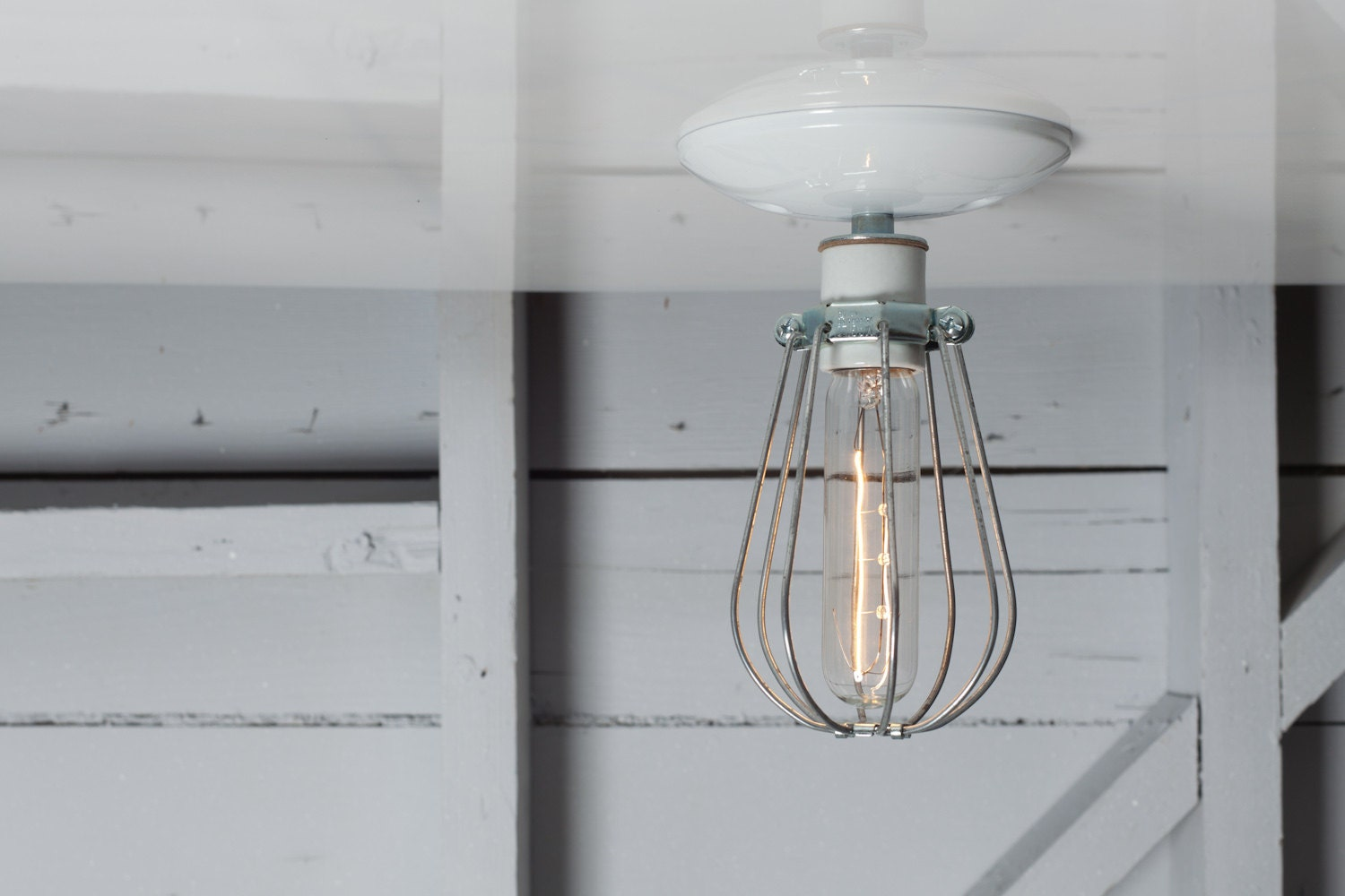 Industrial Ceiling Mount Light Wire Cage Lighting