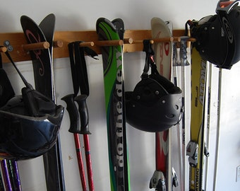 10 Snow Ski Storage Rack