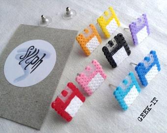Retro 8bit pixelart floppy disk stud earrings Geek IT in varius colors made of Hama Mini Perler Beads