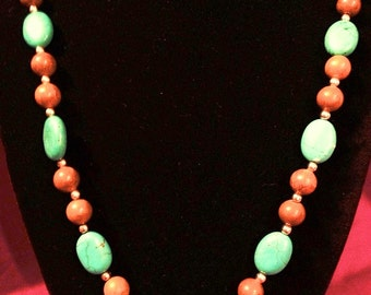 Western-style Turquoise and Agate Necklace