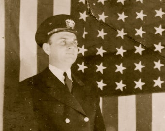 1920's Patriotic Captain In Uniform With Flag Snapshot Photo - Free Shipping
