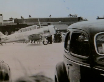 Original 1940's Hand Tinted Chicago Municipal Airport Air Show Snapshot Photo - Free Shipping