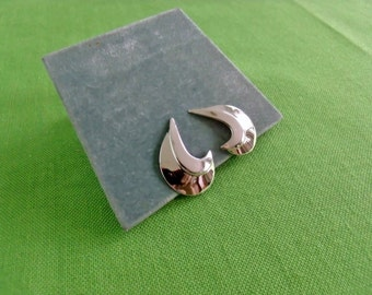 Sarah Coventry Clip On Earrings (Item 846)