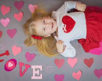 "Felt Valentine Banner Decor / Wedding Prop / LOVE Garland / Pink & Red Felt / Engagement Shoot Garland / Photo Booth / 4"" Upper Case Letters"