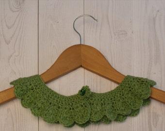 Crochet Collar, Peter Pan Collar  in Mint Green by  GunaDesign
