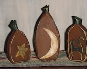 Primitive, wooden, hand painted, Pumpkin bundle. 3 piece pumpkin set. Item# 1356  2 Old Crows Primitives